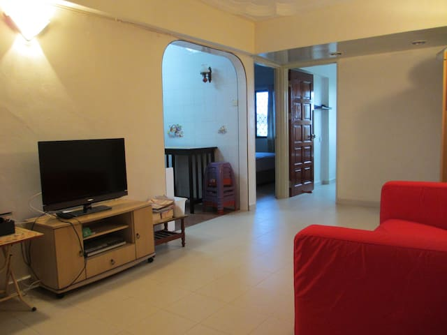 2 Bedroom Comfortable Apartment