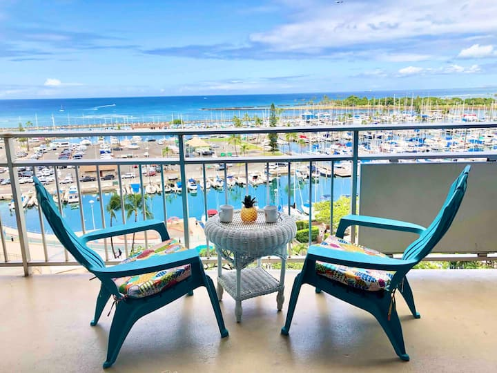 Beautiful Ocean & Sunset Condo-Ilikai-free parking