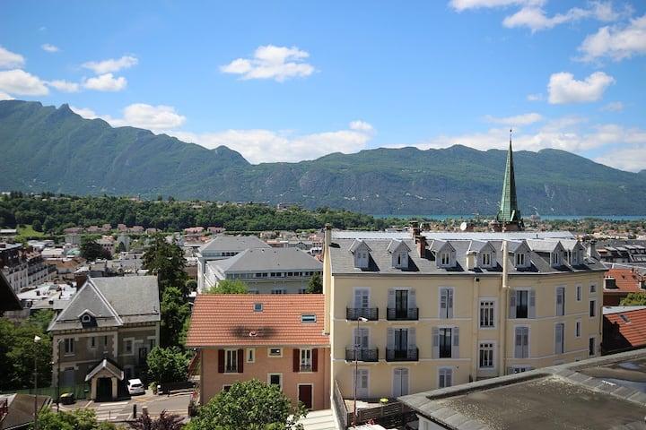 STUDIO ENTRE LAC ET MONTAGNES (302B St Christophe)