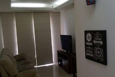 Apto em Condomínio fechado e rua sem saída! - Santo André - Lakás