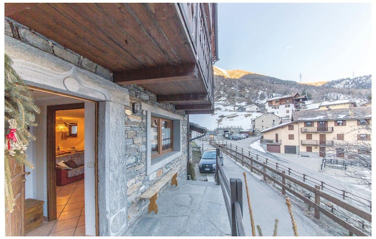Holiday apartment with 1 bedroom on 40 m² in Cogne AO