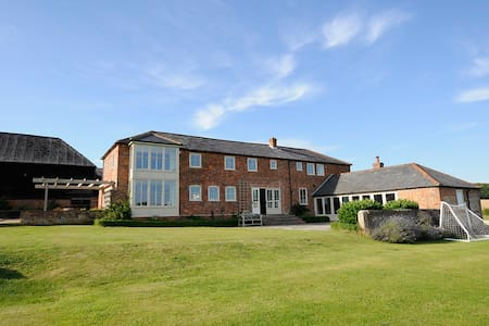 Large house in Outsanding Landscape - Hungerford - Hus