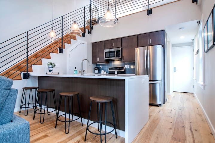 Stunning Modern Loft in the Center of OTR!