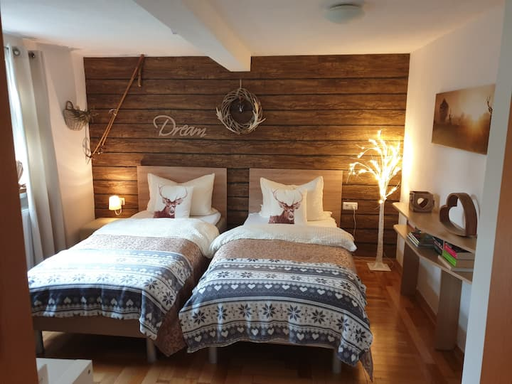 Gästeunterkunft für 1-4 P, nahe Erfurt,Gotha,ESA