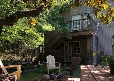 Cedar Loft Cabin @ WYLD City