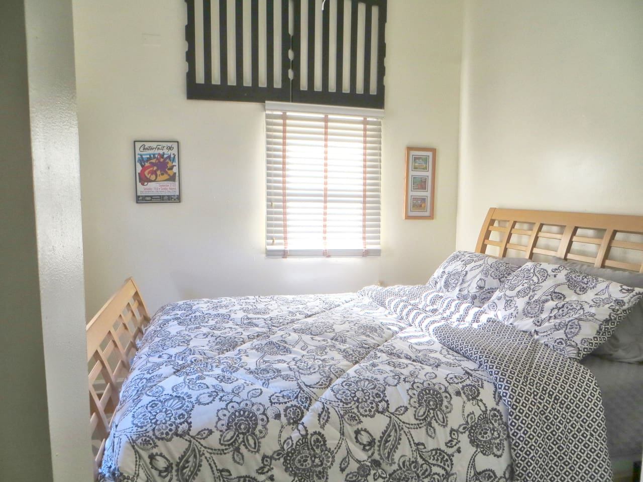 A very comfortable queen size bed with a private bathroom. Room 1 C.