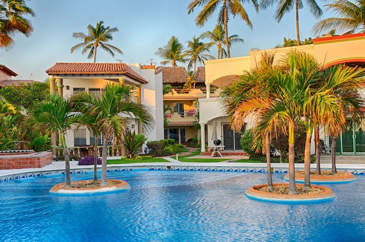 Casa de los Ninos relaxing home on the beach, the perfect place for your family
