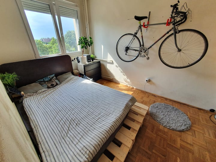 "Affordable ""Home away"" -Green Belt of Budapest"