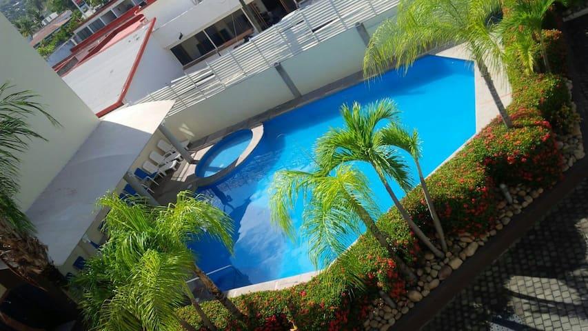 Cozy apt pool access 3b/2bt pvr - Puerto Vallarta - Leilighet