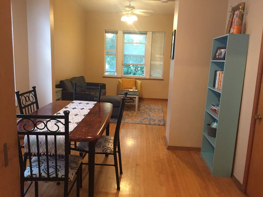 Heart Of Bucktown Entire Apartment Apartments For Rent In Chicago Illinois United States