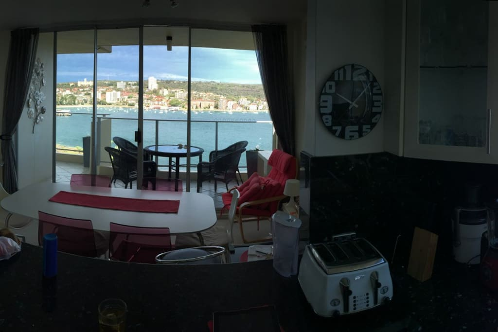 Open Kitchen, view on Manly bay