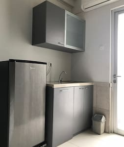 Affordable n Great Location - Studio Apartment