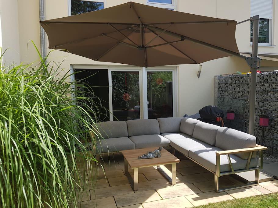 Super comfy lounge sofa