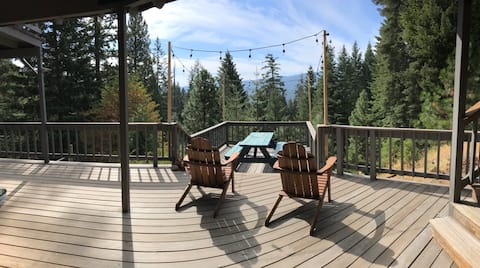 Oso Pines: Work from paradise or play all day!