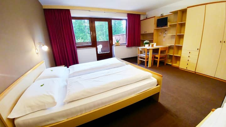 Room  3 pers. with balcony and kitchenette