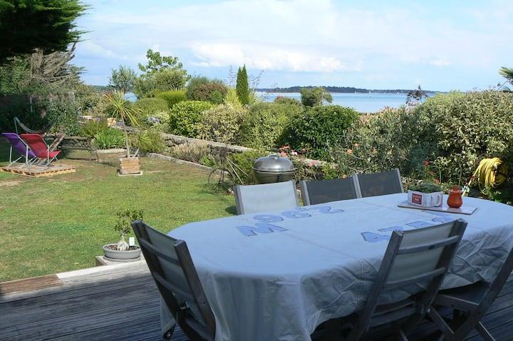 LES TOILES DE MER ,vue Golfe Morbihan thème voyage