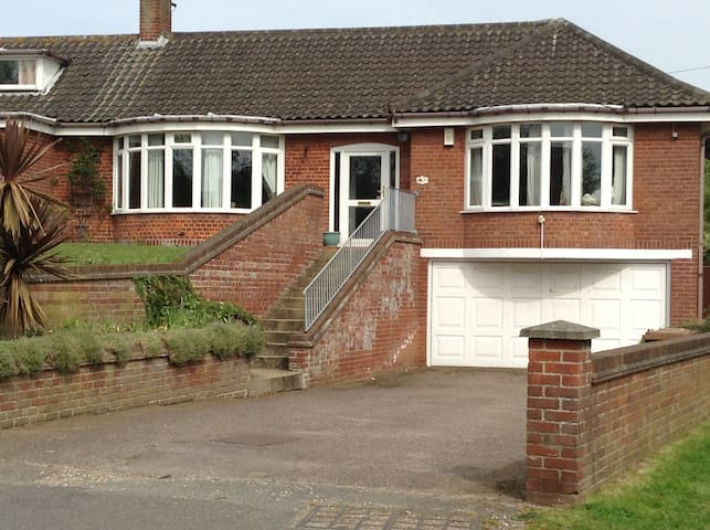 The Beeston Hill Bungalow - Sheringham - Bungalow