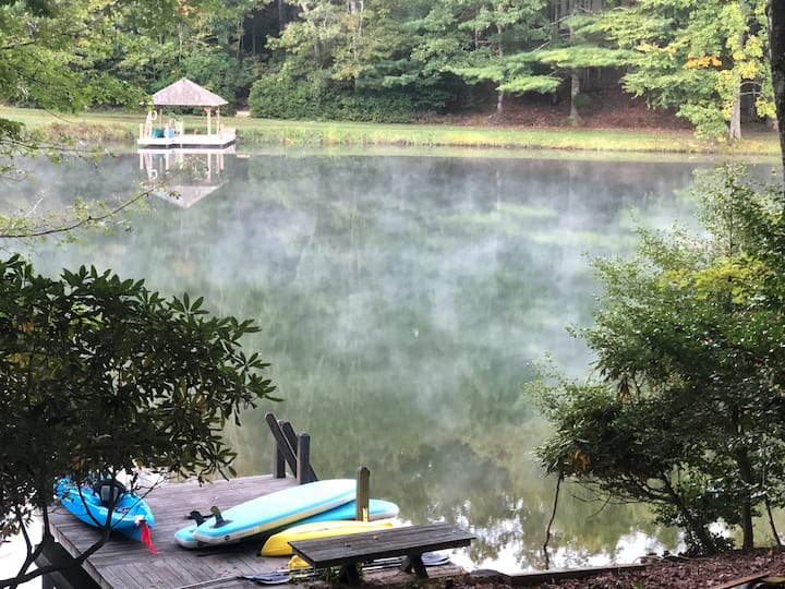 Connestee Falls - Lakeside Hideaway 3BR with Dock
