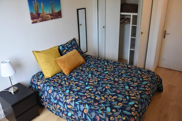 Chambre Privé N°2 dans appartement Val de Fontenay