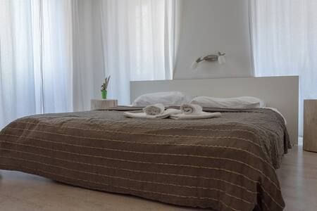 Villa Borgo B&B standard double room - Unit 2 - Motovun - Bed & Breakfast