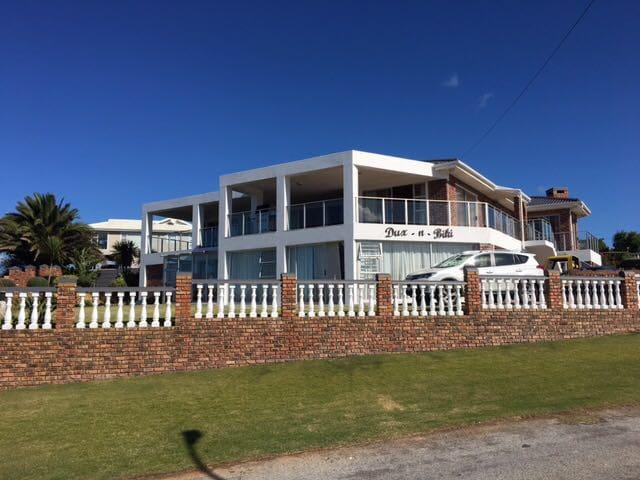 Dux-n-Biki Flat - Mossel Bay - Apartamento
