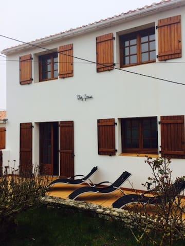 Maison à 100m de la Plage - La Guérinière - 獨棟