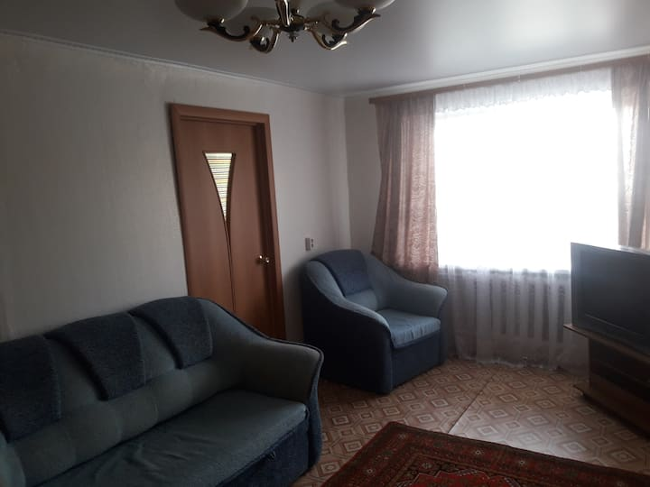 Квартира 2-х комнатная Карла Маркса 37