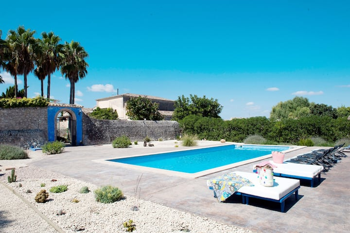Rustic Holiday Home Son Costa with Mountain View, Garden, Pool & WiFi; Parking Available