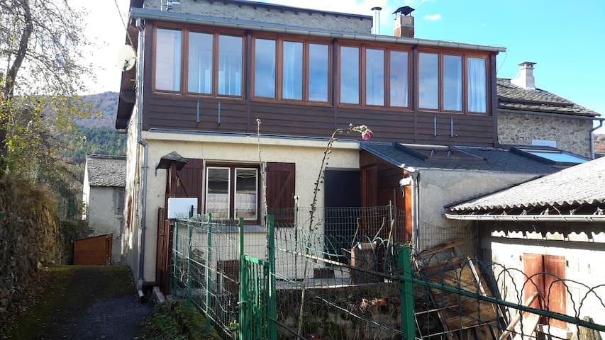 Maison de village à Quérigut