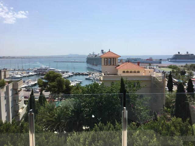 Loft spektakulärer Blick über die Bucht und Stadt