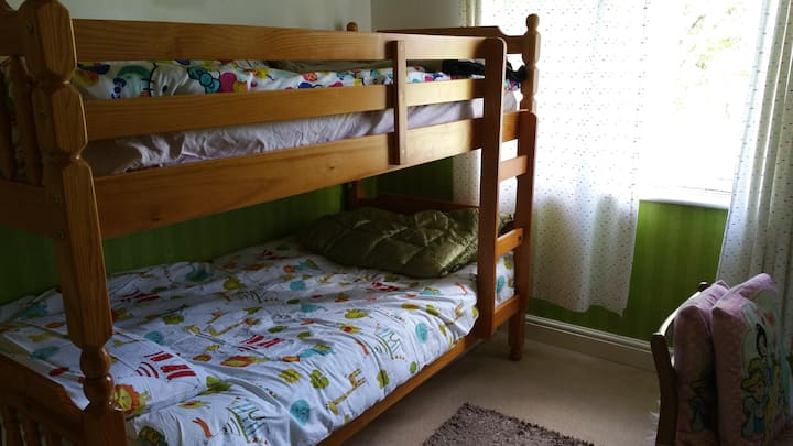 Bunk bed in OX4 outskirts.