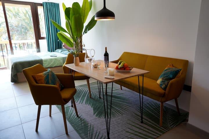 Modernes Studio am Strand und Golfplatz, Workation