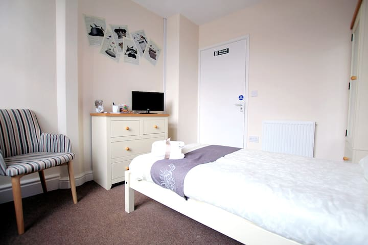 Modern living in the town centre - Burton upon Trent - Flat