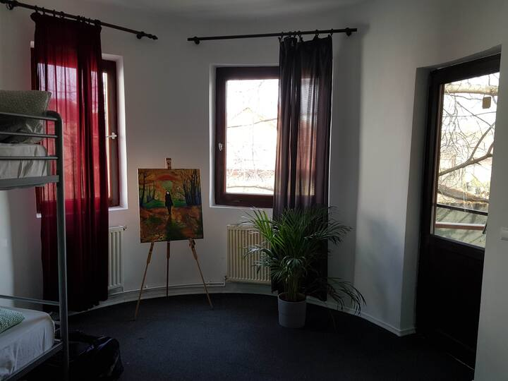 Popcorn Hostel Bucharest -one bed in Dorm D -mixed