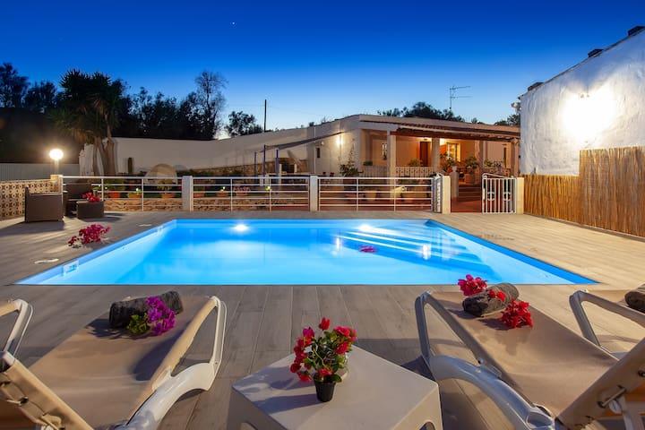 Villa Blanca. Ibiza. Vivienda turistica ET-0457-E