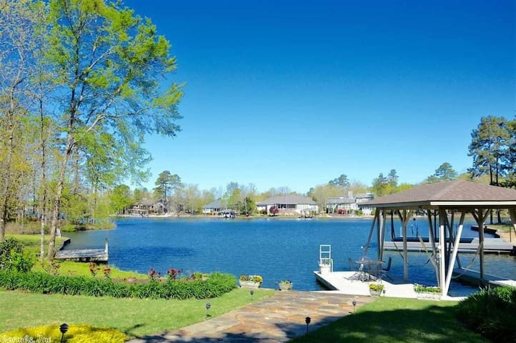 Private Lake Front Apartment - Hot Springs Village