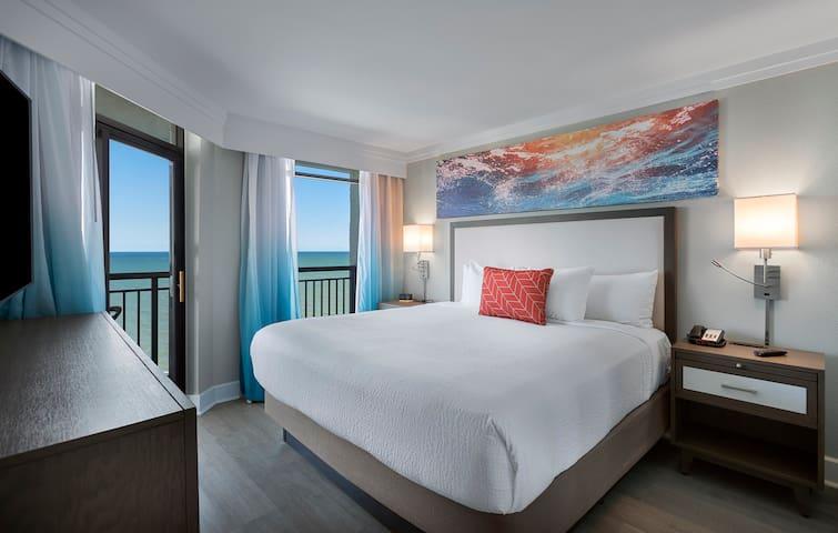 ·★Newly Renovated Resort★ Outstanding Sunrises★