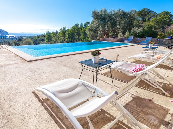 Finca Lluisa, pool, mountain and amazing sea views