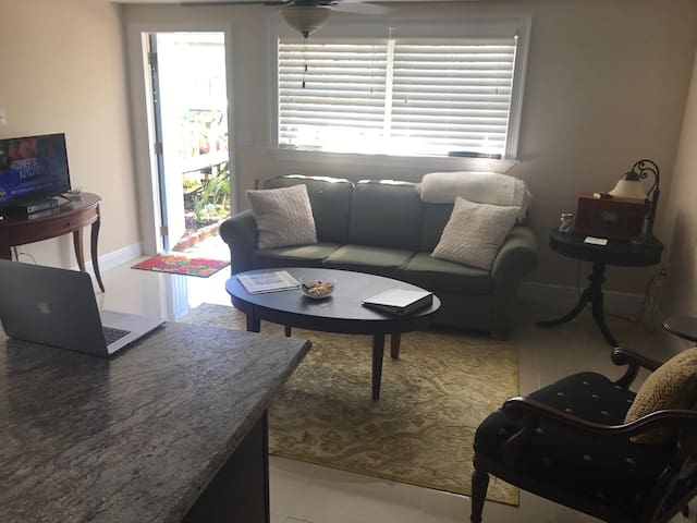 NO CLEANING FEE! Nice, Clean&Cozy. - Dunedin - House