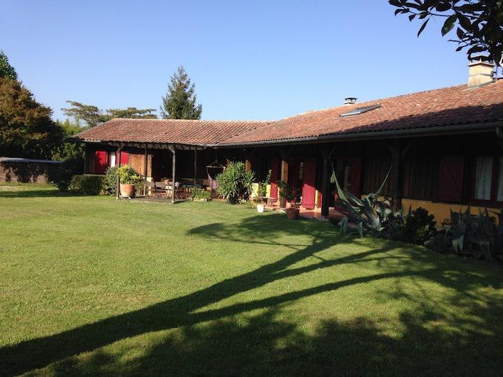 maison landaise avec piscine à Soustons.