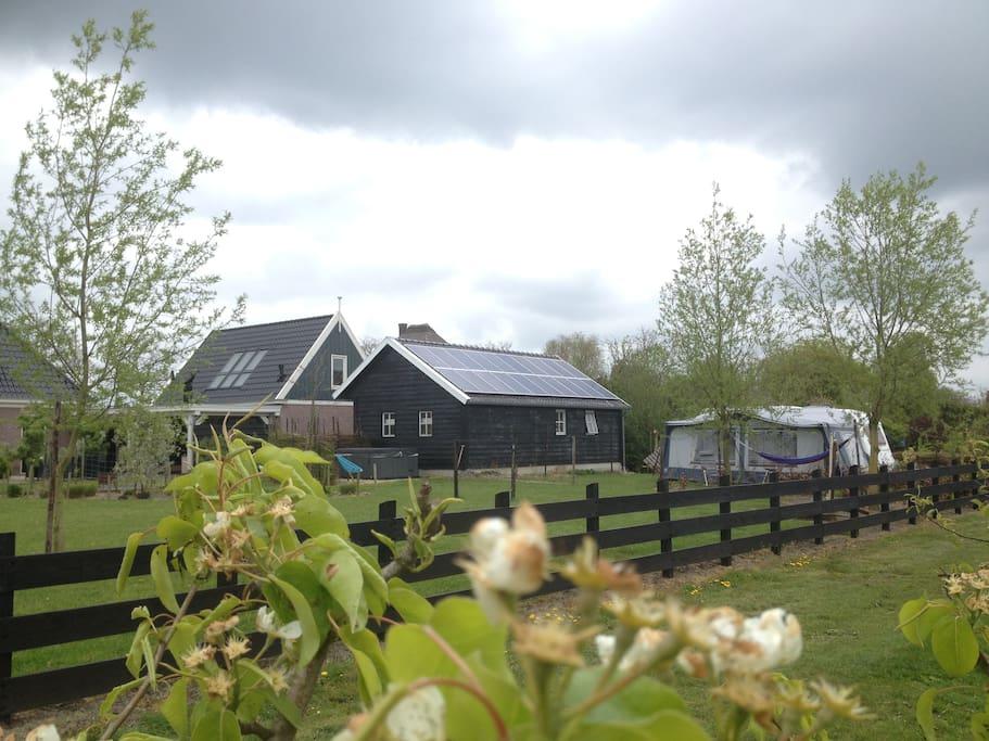 Bijzondere locatie, Rust, Ruimte en Privacy. Even tijd voor jezelf www.well-bee.nl 0618569305