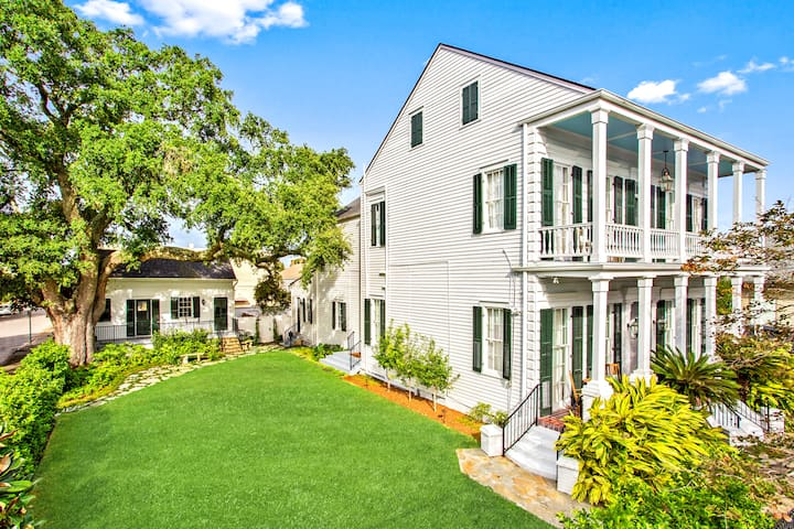 The Mazant: Renovated 1880s Bywater Mansion w/Pool
