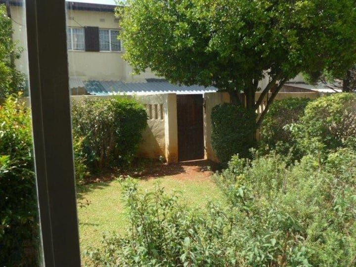 Sunny, safe 2 bedroom townhouse