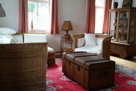 gemütliche Wohnung Gutshof Linde - Pressig