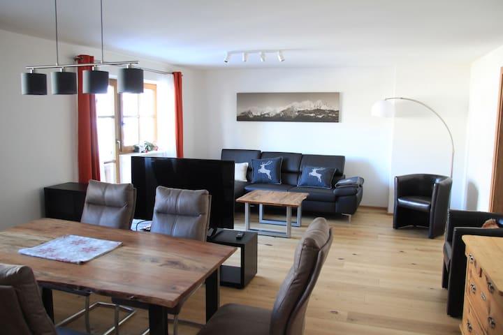 "New! Apartment ""Künstlhäusl"""