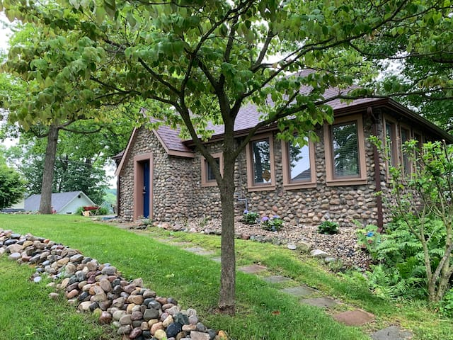 Stone Cottage on Kerr Island