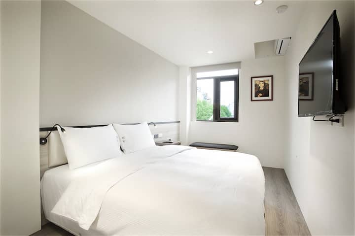 Taipei Zhongshan 008|Double Bed|2 mins to MRT