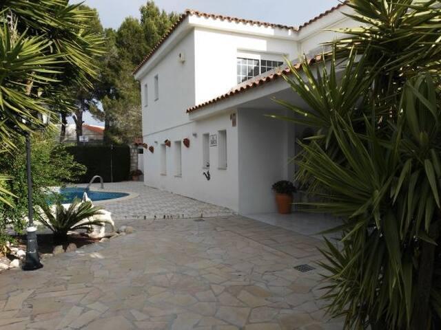 Villa con piscina privada - L'Ametlla de Mar