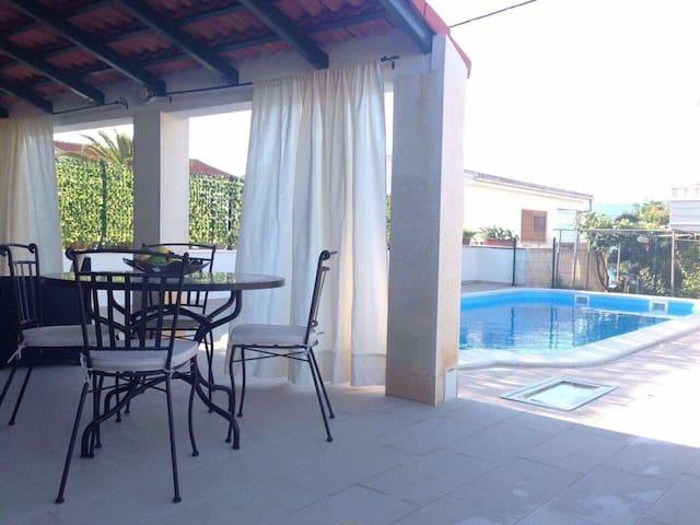 Luxury Apartment Kalebić - Slatine - Apartemen