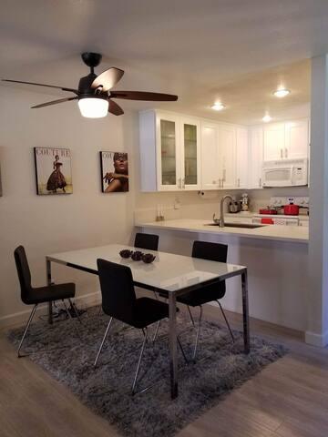 Cozy Modern Cottage